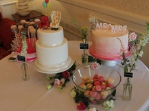 up dessert table