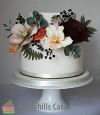 pretty natural flowers cake