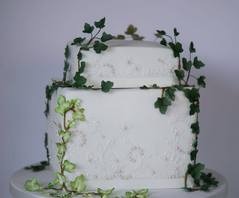 ivy and lace cake
